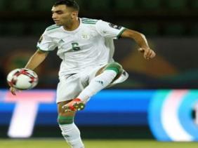 الدولي الجزائري محمد فارس يتعرض إلى إصابة خطيرة 321